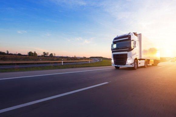 Dépanneur agrée pour camions poids lourds disponible 7j/7 à Saint-Priest